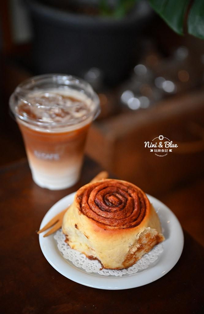 5J cafe BOB大里花市咖啡肉桂捲07