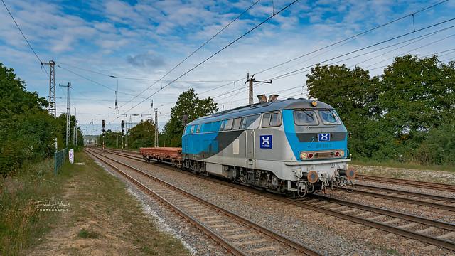 Heros 218 308-5 in Saarmund am 21.09.2021