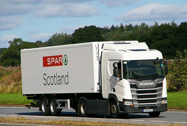 SCANIA R450 - SPAR Supermarket