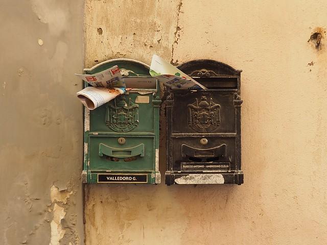 Pas de courrier pour moi ? No mail for me?
