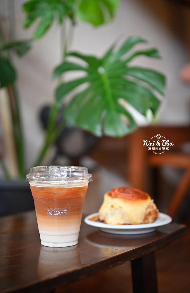 5J cafe BOB大里花市咖啡肉桂捲11