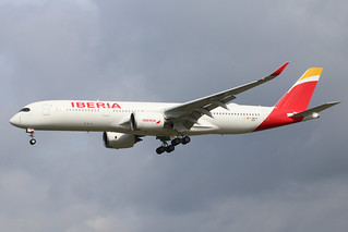 F-WWIW A350 210921 TLS