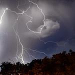 13. Juuni 2019 - 1:26 - Night storm and CG+ lightning.  Nocna burza i dodatnie wyładowanie doziemne (CG+)