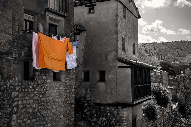 Roba estesa a Albarrassí