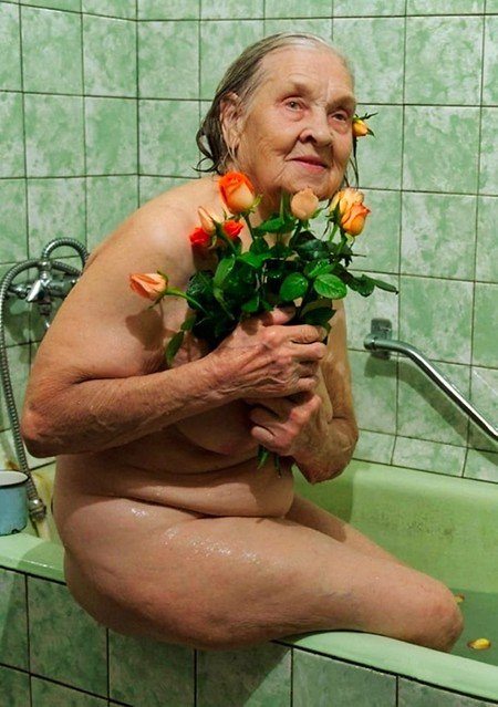 Happy Birthday Grandma {90 y.o}