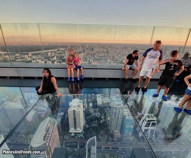 maha nakhon tower glass floor