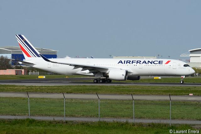 Airbus A350-900 Air France (AFR) F-WZGR - MSN 488 - Named Dijon - Will be F-HTYH
