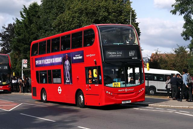 Route 697, London United, ADE40305, YX61FYR
