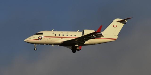Canadair CC-144B Challenger VIP transport, RCAF 144615, 1986 - Toronto Pearson