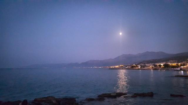 Lumière de la lune ... Crête