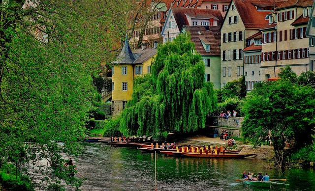 Germany, Deutschland , Am Neckar im historischen Tübingen, 20060
