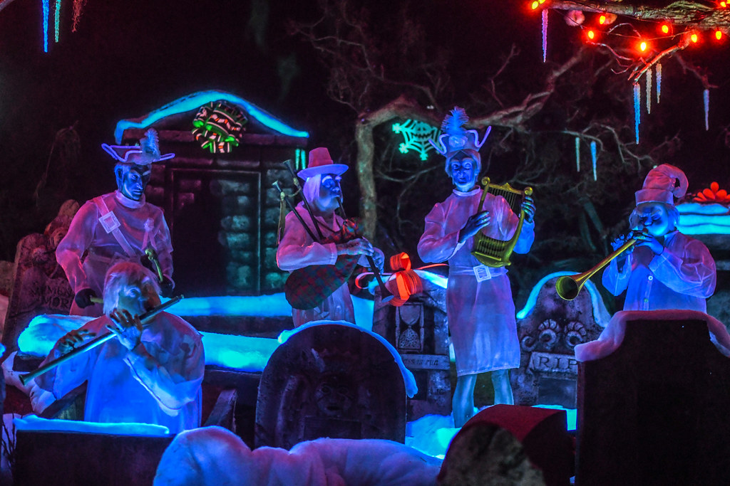 Haunted Mansion Holiday band DL