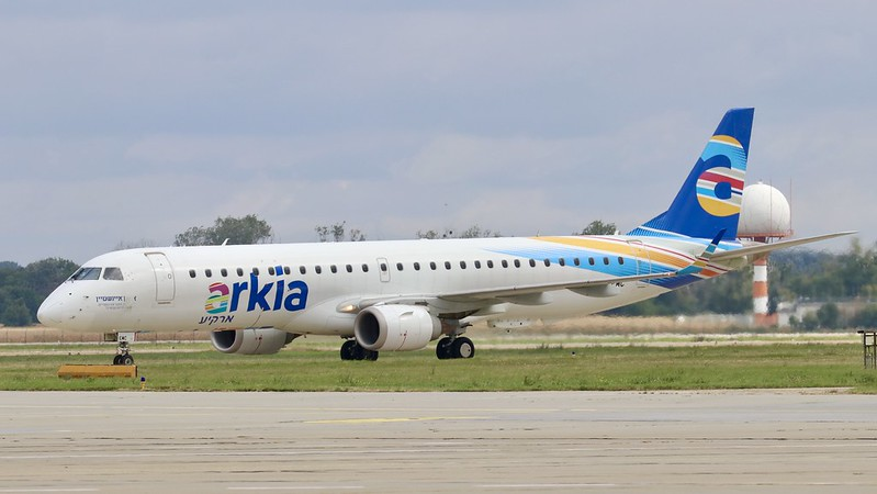 4X-EMC Arkia Israeli Airlines Embraer 195