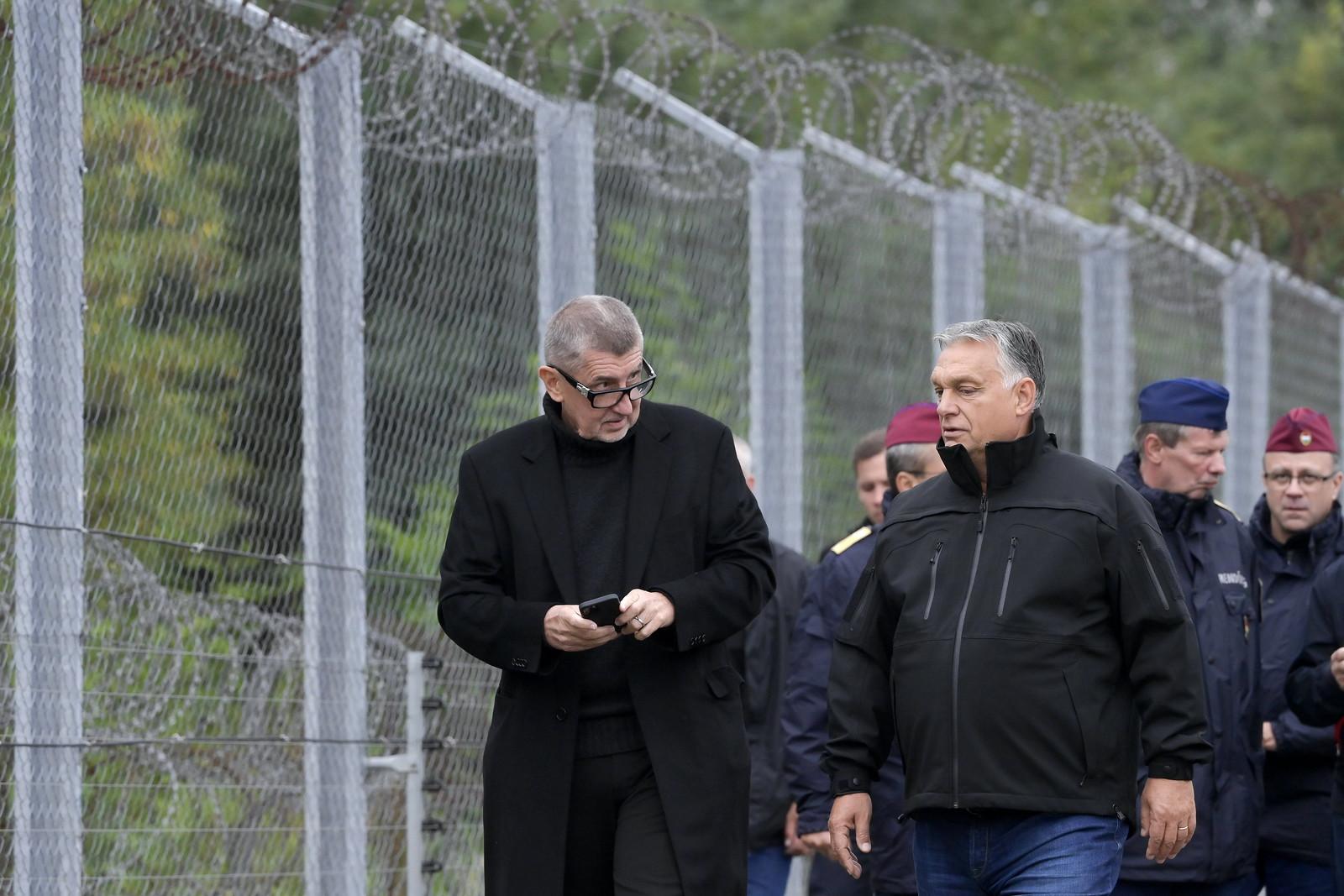 Orbán a határnál: ha nem lett volna kerítés, több millió migráns lépett volna be ellenőrzés nélkül