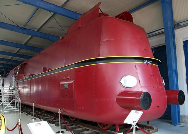 Streamliner replica