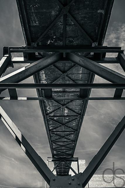 Schrägaufzug --- Inclined lift