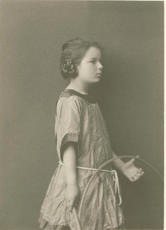 1912. Скрябина Ариадна Александровна