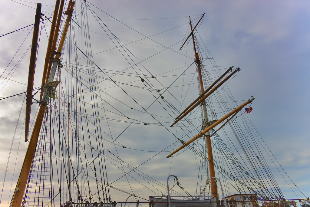 Aft Rigging of the Balcutha ...