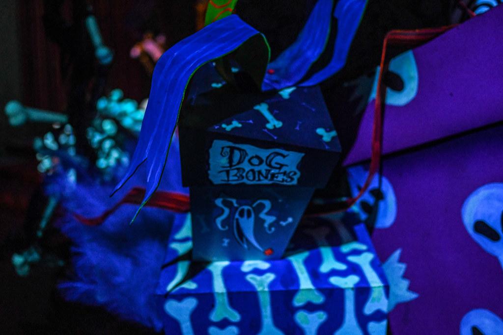 Dog Bones Haunted Mansion Holiday DL