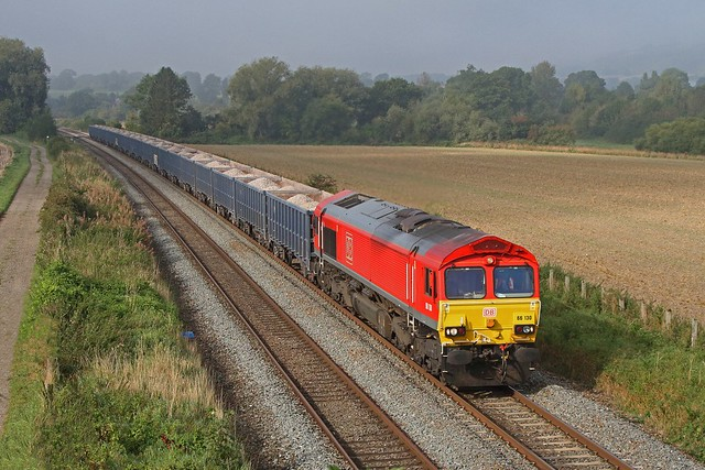 With the fog lifting slowly,  66130 working 6M15 passes Nr Wooton Rivers working 6M15  TYTHERINGTON - CALVERT 22-09-2021