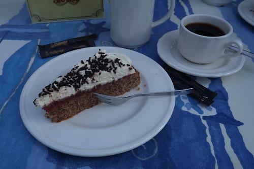 """Kännchen Kaffee zu """"Schleusentorte"""""""