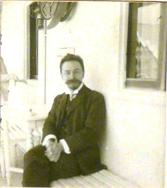 1910. Скрябин А.Н. на пароходе во время концертного турне по Волге. Апрель-май