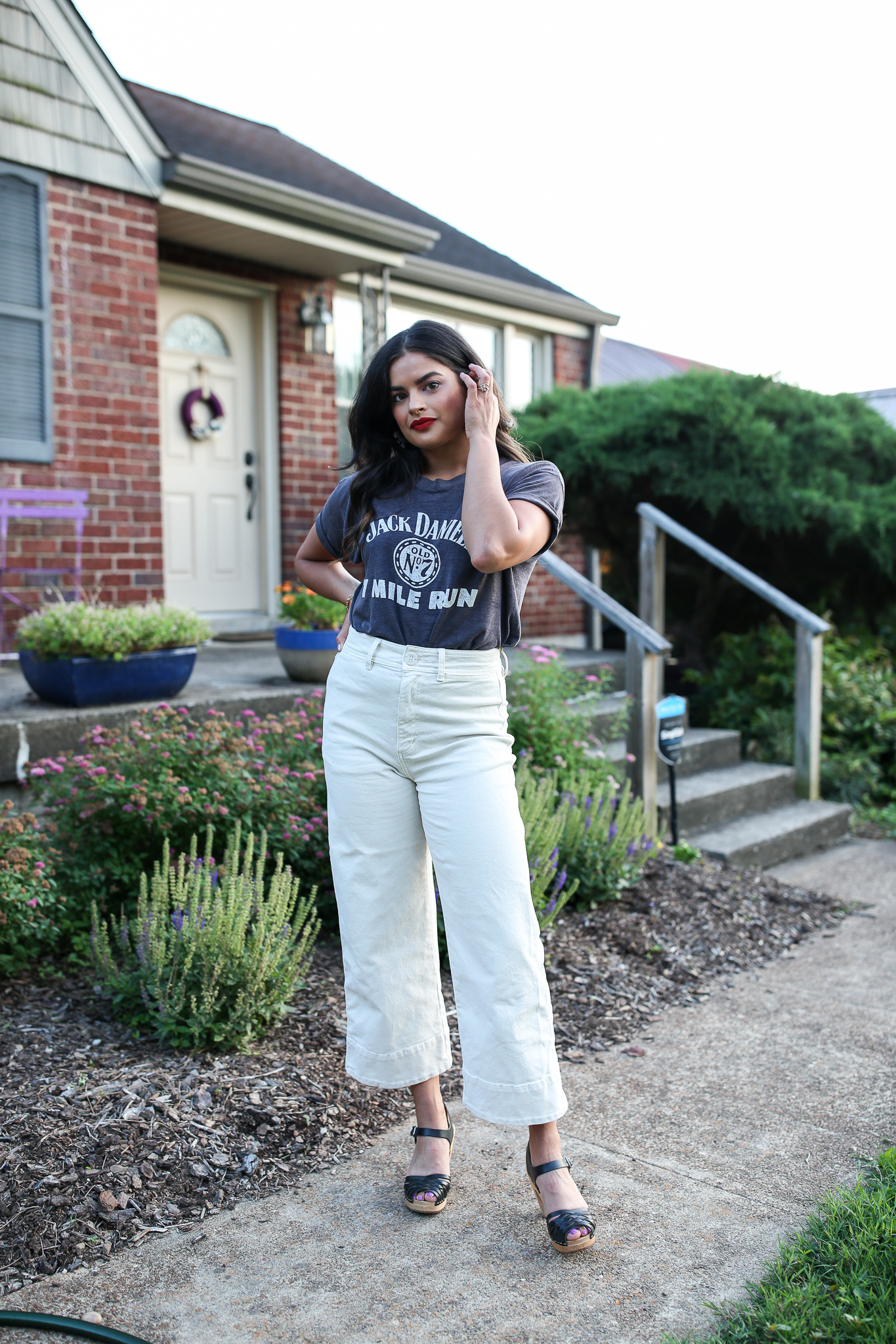Priya the Blog, Nashville fashion blog, Nashville fashion blogger, Nashville style blog, Nashville style blogger, vintage graphic t-shirt, casual Fall outfit, Fall outfit with clogs, white wide-legged jeans,