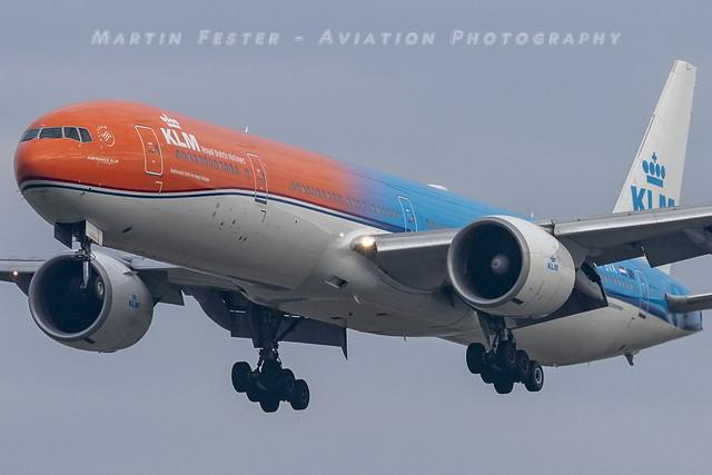 PH-BVA // KLM // Boeing 777-306ER