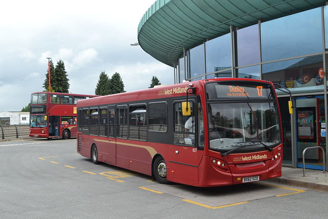 National Express West Midlands 4430 BJ03ETY & 827 BX62SZD