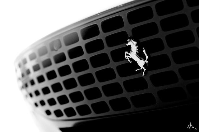 Ferrari Roma Grille