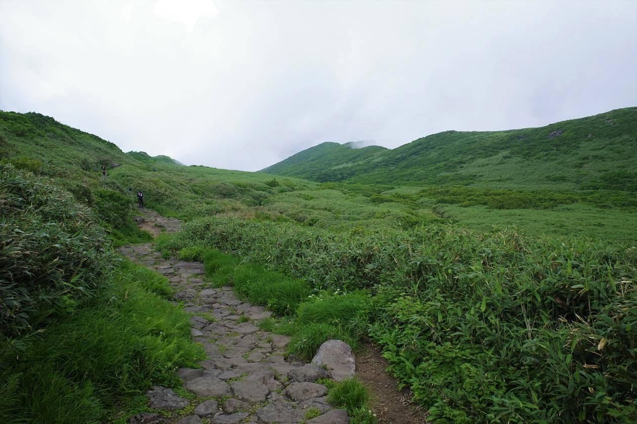 夏の鳥海山登山(鉾立ルート)