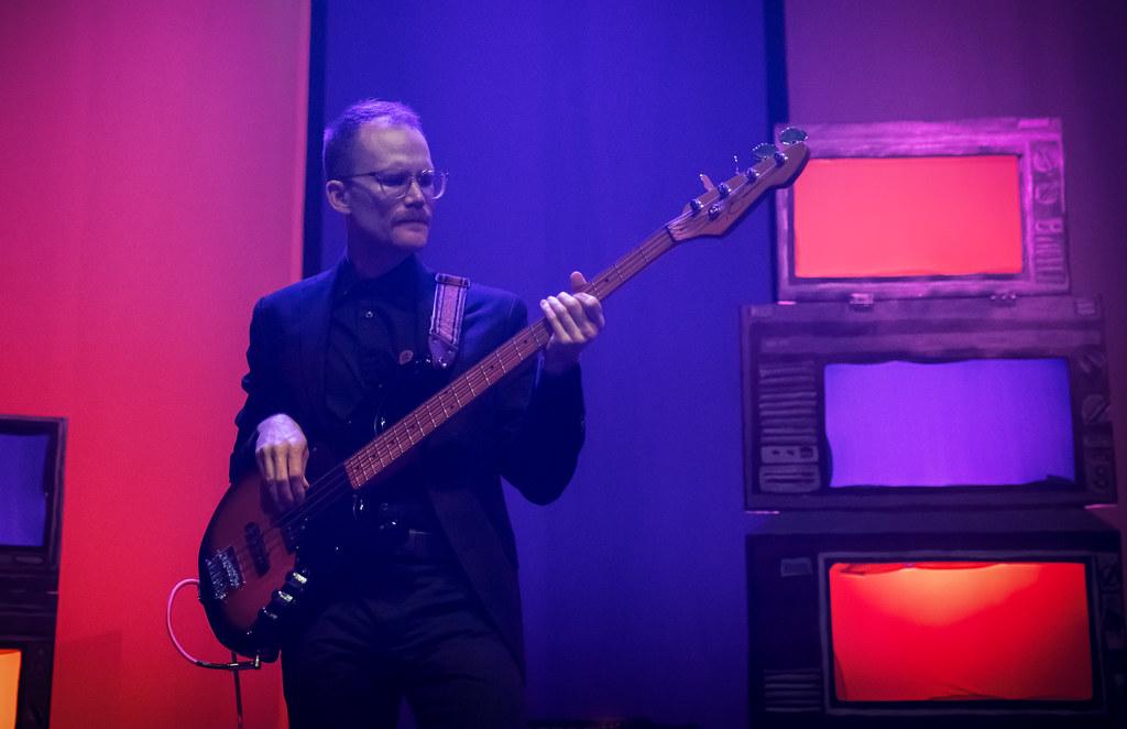 guitarist-3