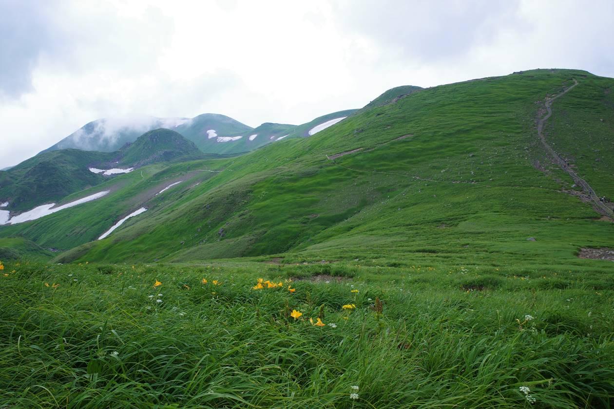夏の鳥海山 山小屋泊登山(鉾立ルート)