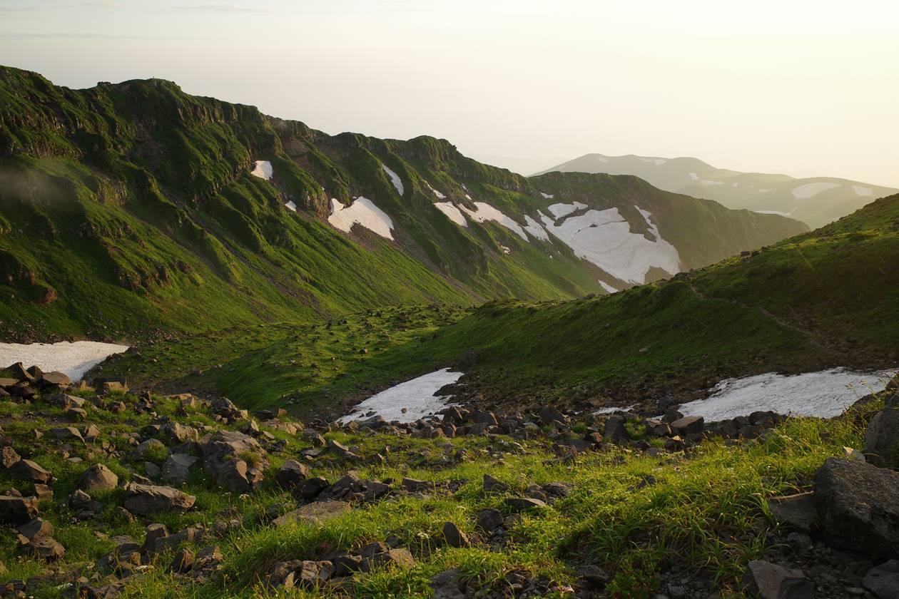 夕焼け時の鳥海山