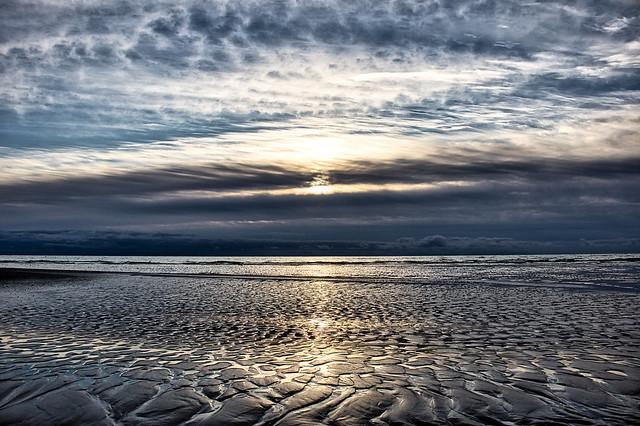 The sea is receding. (Sept 22, 2021)