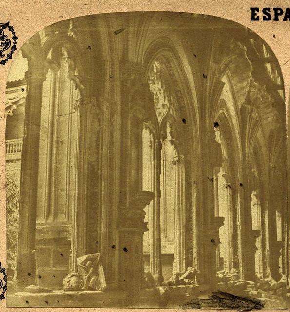 Claustro de San Juan de los Reyes en Toledo en 1857 por Eugène Sevaistre. Archivo Municipal, Ayuntamiento de Toledo (Colección Luis Alba)