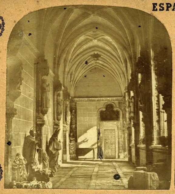 Claustro de San Juan de los Reyes. Toledo en 1857 por Eugène Sevaistre. Archivo Municipal, Ayuntamiento de Toledo (Colección Luis Alba)