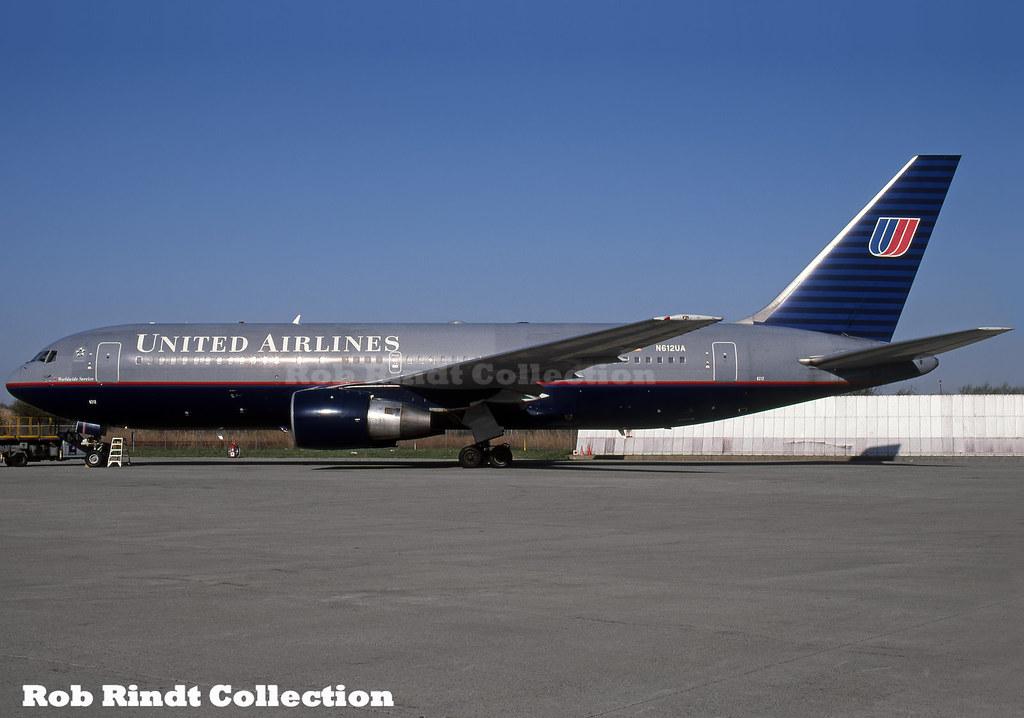United Airlines B767-222 N612UA