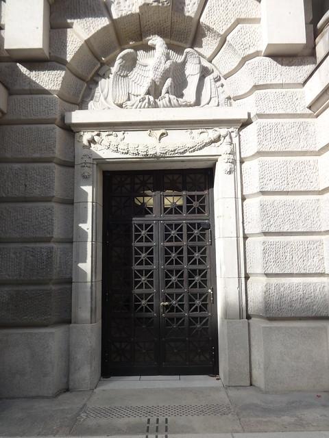1903/14 Berlin Tür mit Hohenzollern-Adler Preußische Staatsbibliothek in Neobarock von Ernst von Ihne Unter den Linden 8 in 10117 Dorotheenstadt