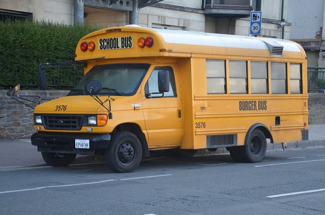 Ford F350, Burger Bus