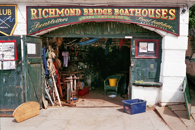 2020-08 Richmond Bridge Boathouses