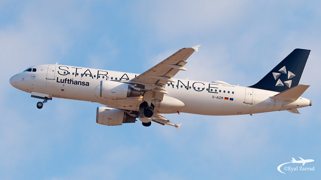 TLV - Lufthansa Airbus A320 D-AIZM Star Alliance Livery