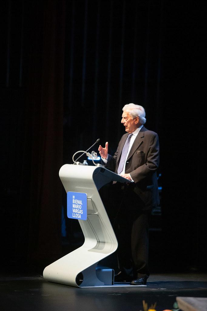 Inauguración de la IV Bienal Mario Vargas Llosa