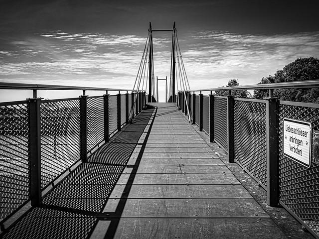 Geesthacht Brücke Schild