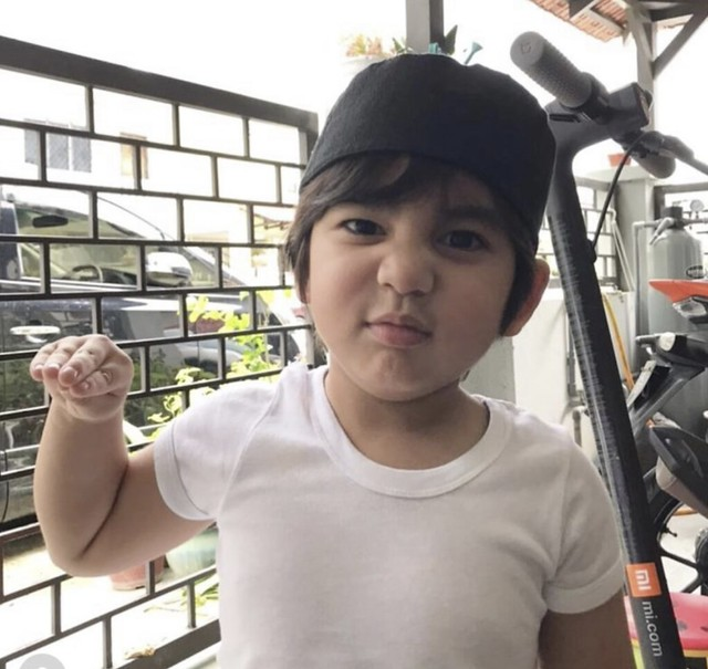 &Quot;Insyaallah Bekalan Alam Kubur Daddy &Amp; Mommy,&Quot; - Anak Amar Baharin Rajin Ikut Solat
