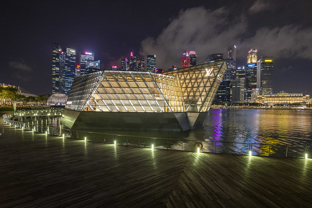 LV Island Maison & Central Business District at Night