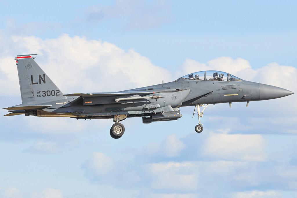 00-3002 McDonnell Douglas F-15E arriving into RAF Lakenheath