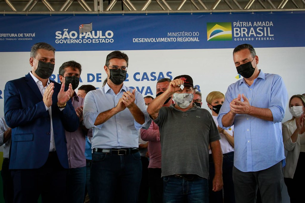 Anúncios do Governo de SP em Tatuí