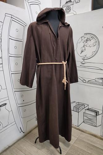 Мужской карнавальный костюм Монах