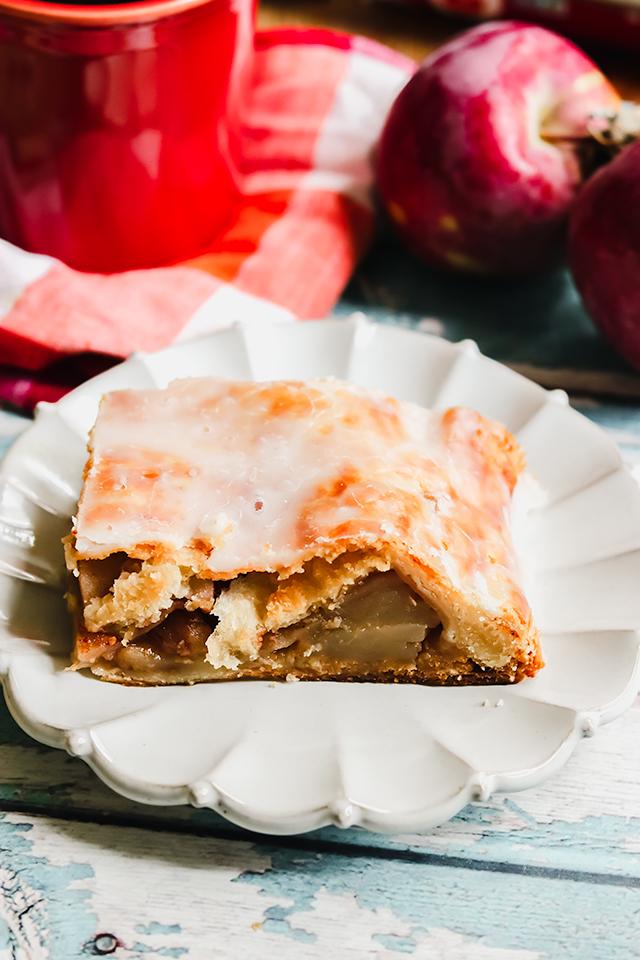 Glazed Apple Pie Slices